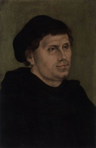 Lucas CRANACH l'Ancien, « Martin Luther en moine augustin avec bonnet doctoral », (vers 1520), collection privée (source : Web Gallery of Arts).
